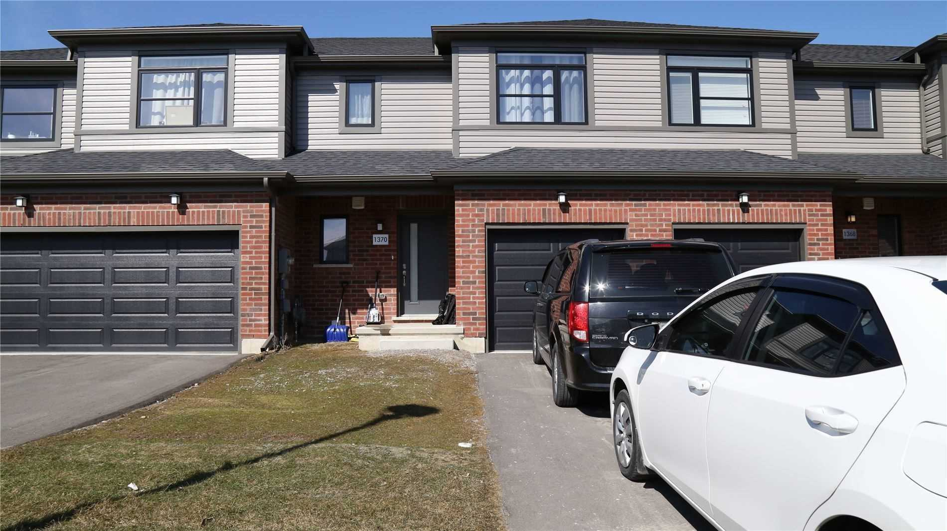pictures of house for sale MLS: X4752080 located at 1370 Michael Circ, London N5V2H5