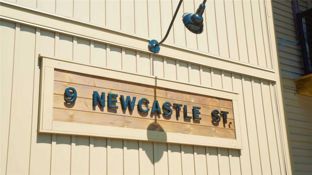 pictures of 9 Newcastle St, Minden Hills K0M2K0