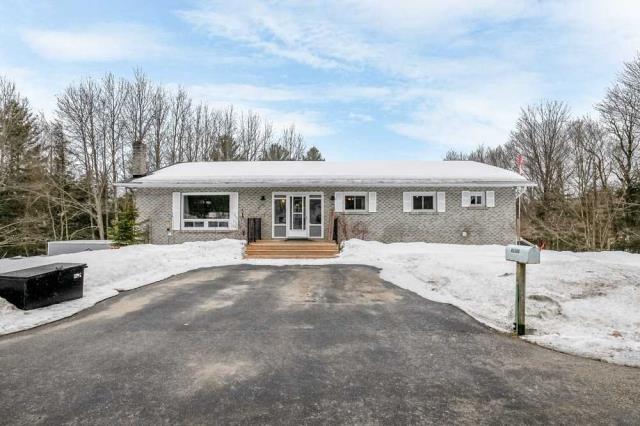 pictures of house for sale MLS: X4753245 located at 1410 Cedar Lane, Bracebridge P1L1W9