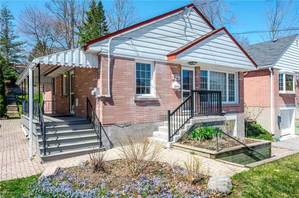 pictures of house for sale MLS: X4757084 located at 329 Mark St, Peterborough K9H1V5
