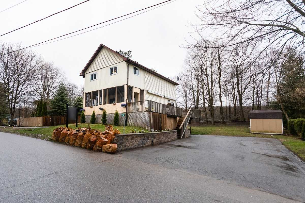pictures of house for sale MLS: X4757157 located at 713 Peterborough Ave, Smith-Ennismore-Lakefield K0L1H0