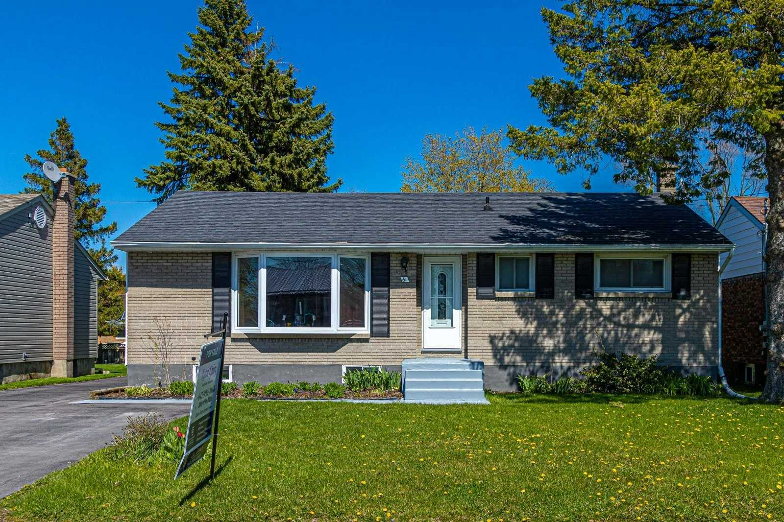 pictures of house for sale MLS: X4762153 located at 61 Lemoine St, Belleville K8P4G8
