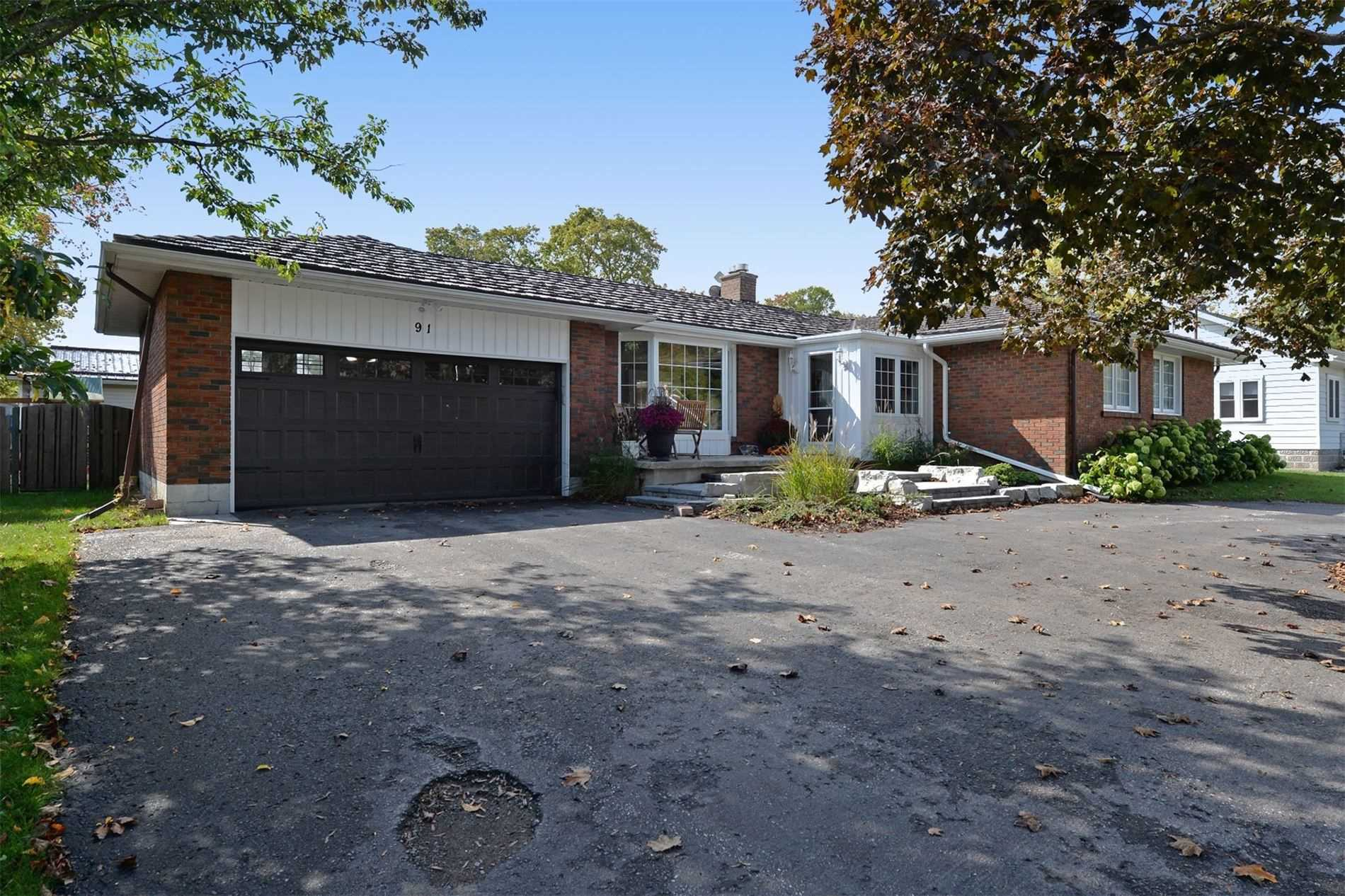 pictures of house for sale MLS: X4762184 located at 91 Queen St, Kawartha Lakes K0M1N0