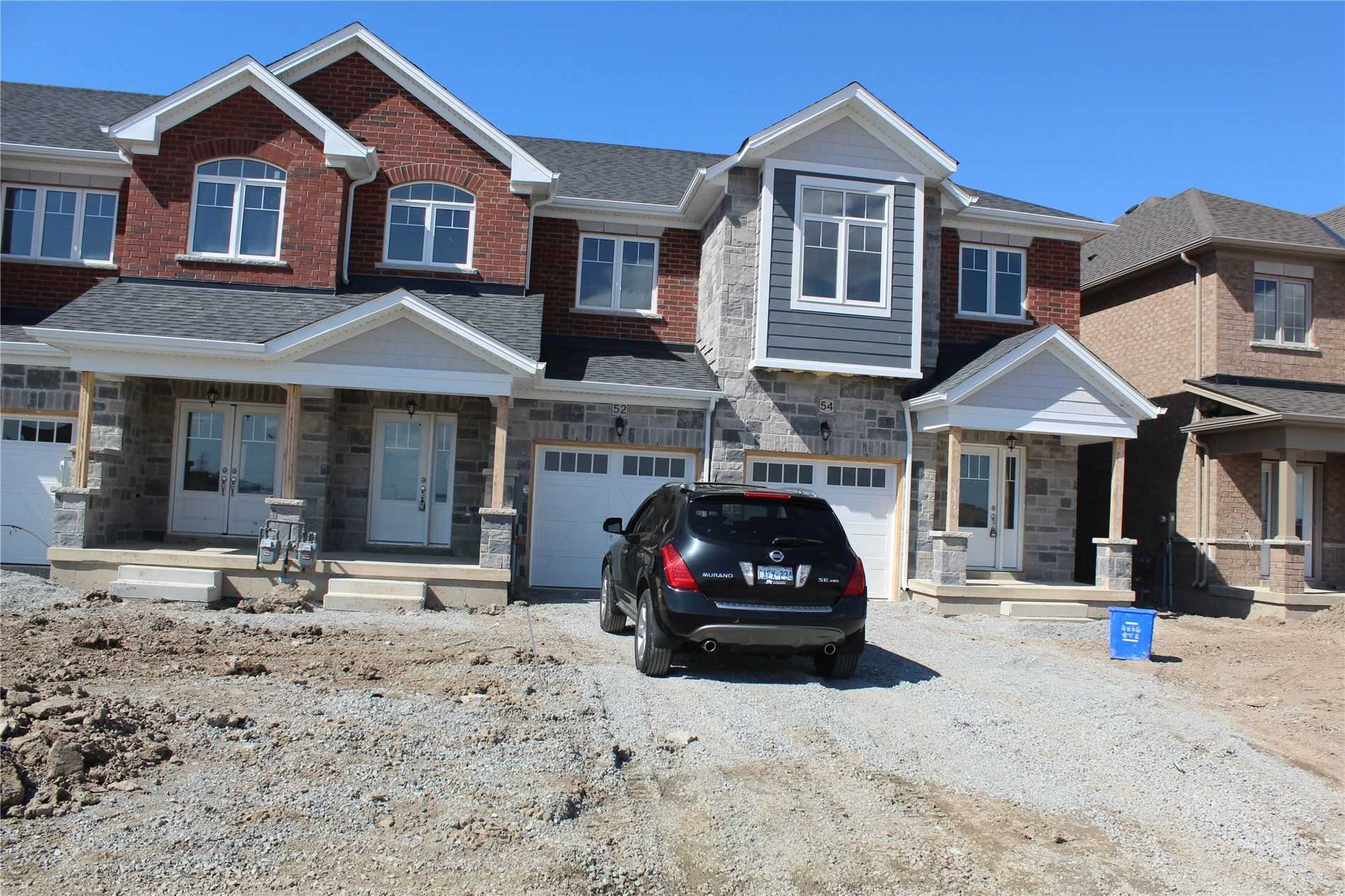 pictures of 52 Harmony Way, Thorold L2V0H1