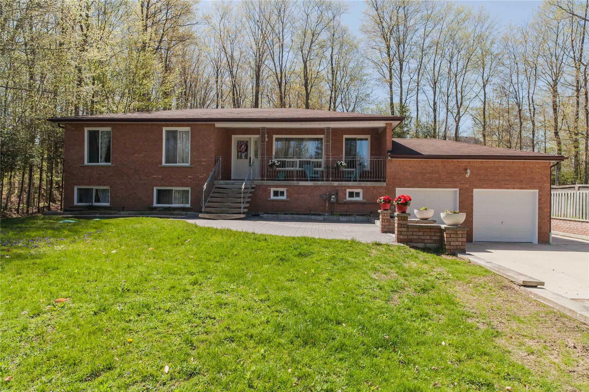 pictures of house for sale MLS: X4764925 located at 60 Birch St, South Bruce Peninsula N0H2G0