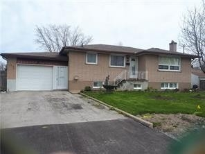 pictures of house for sale MLS: X4765700 located at 5 Janet St, Port Colborne L3K2E6