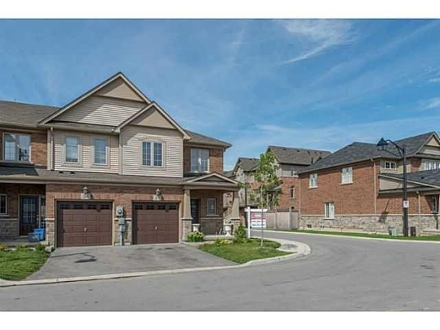 pictures of 541 Winston Rd, Grimsby L3M0C5