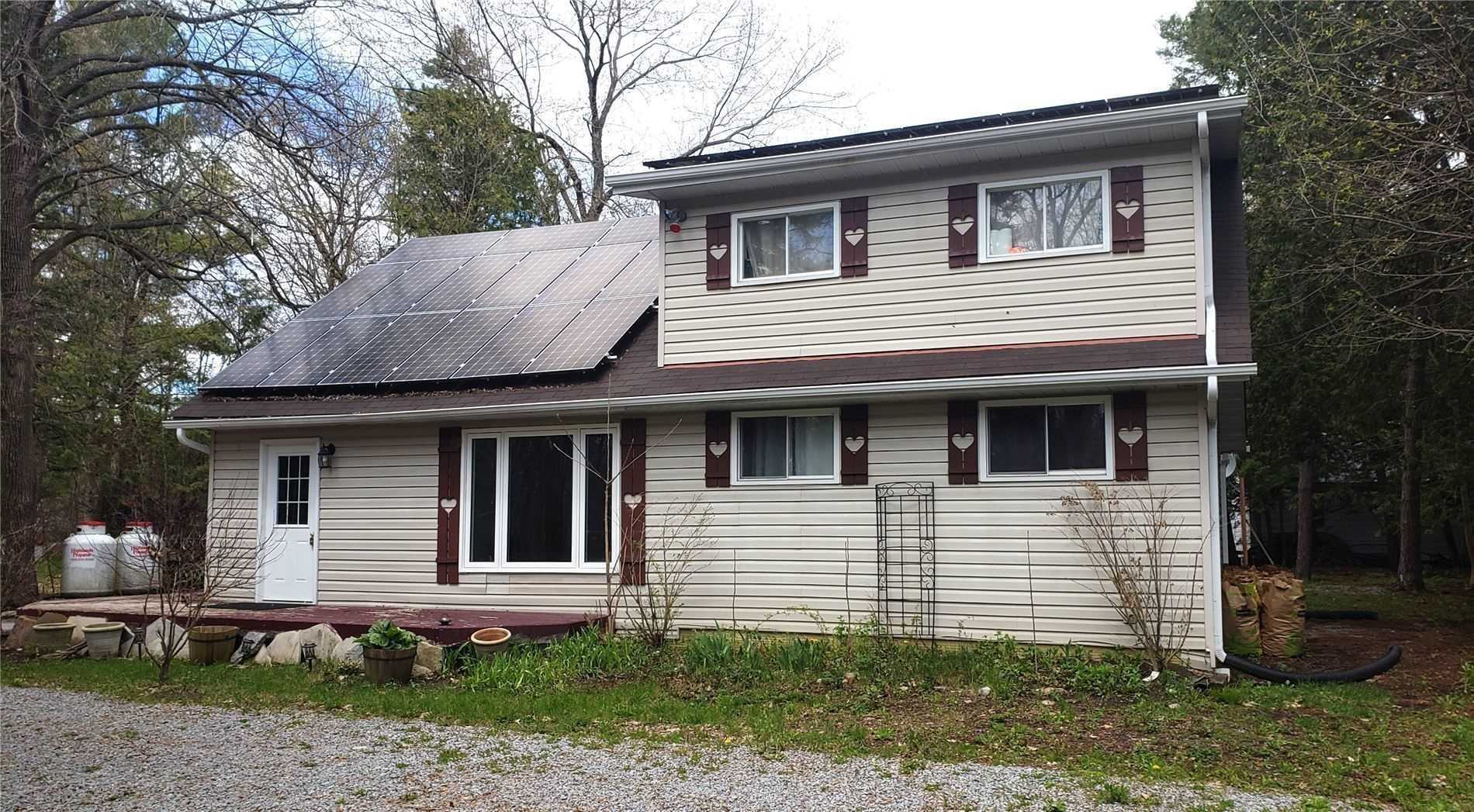 pictures of house for sale MLS: X4766539 located at 11 Edgewood Dr, Kawartha Lakes K0M1N0