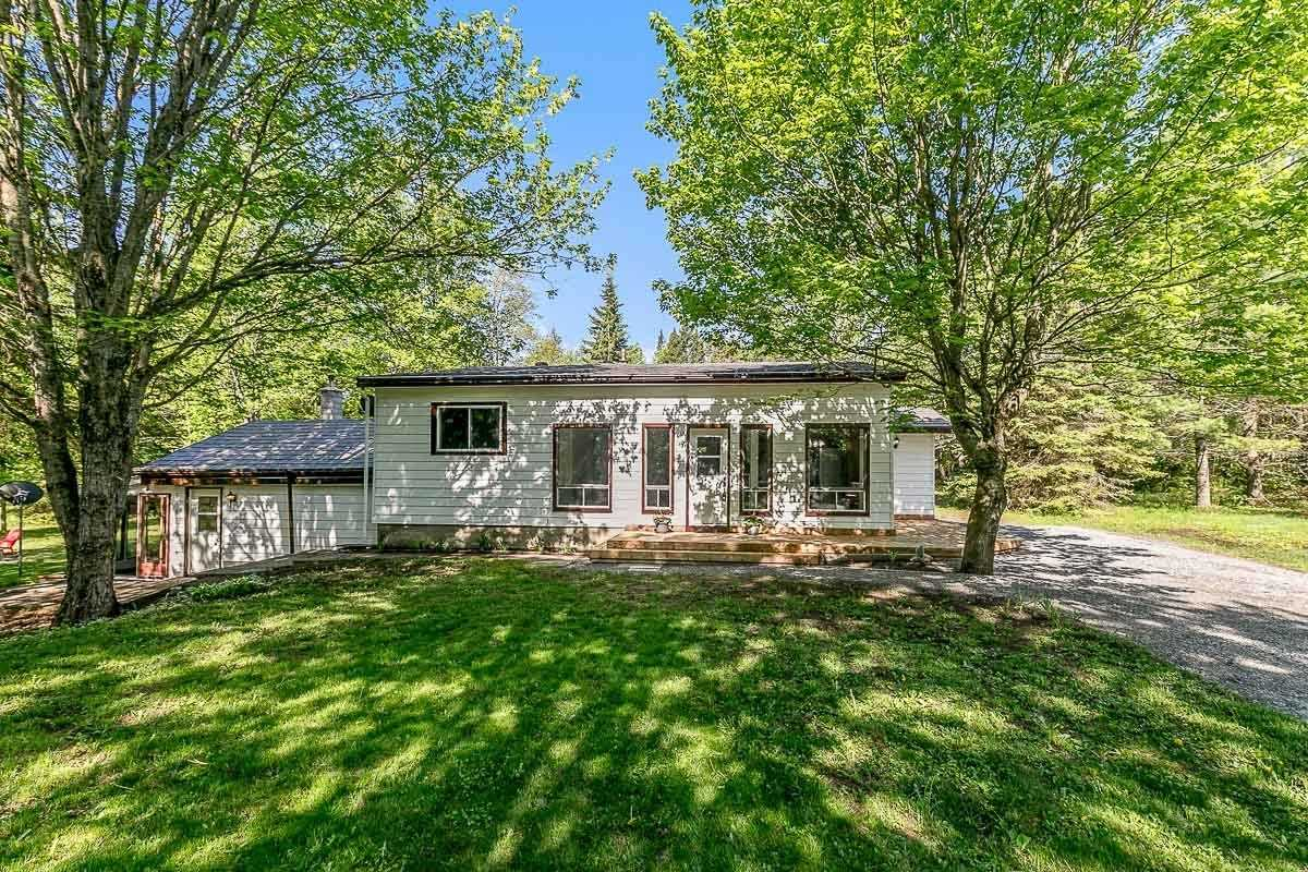 pictures of house for sale MLS: X4774053 located at 1166 Waters Rd, Bracebridge P1P1R3