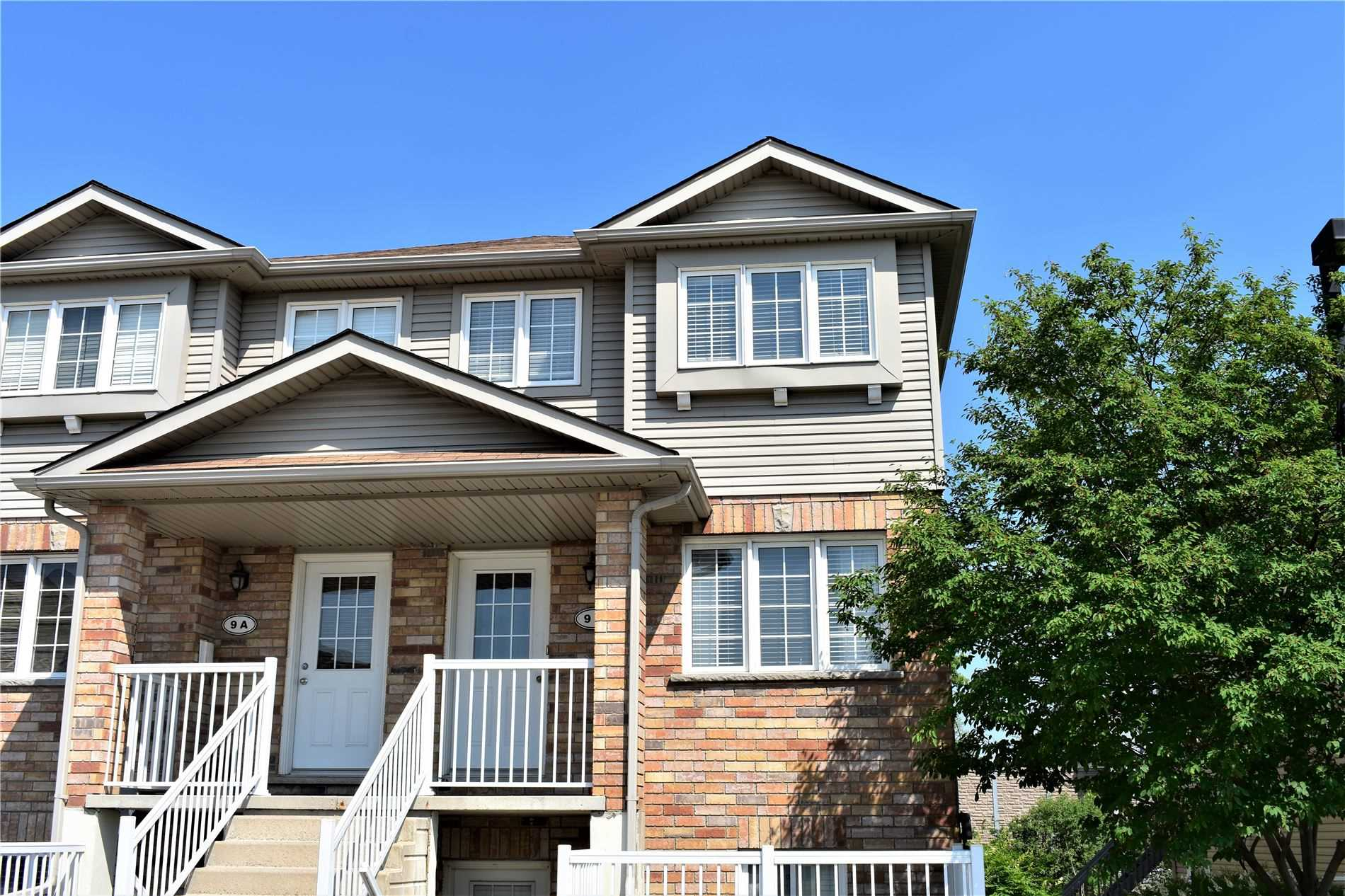 pictures of 50 Howe Dr, Kitchener N2E0A3