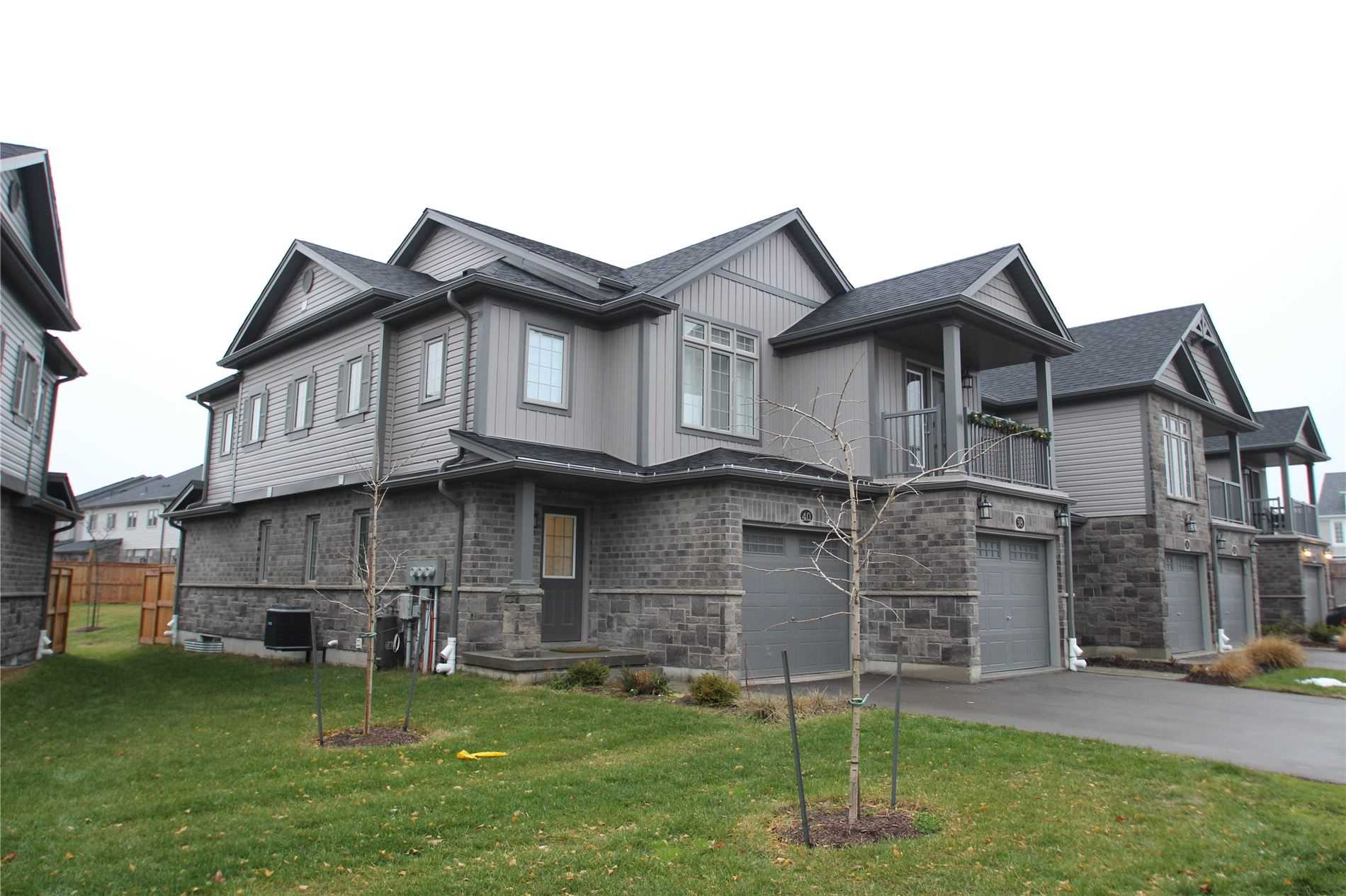 pictures of 40 Netherwood Rd E, Kitchener N2P0B7