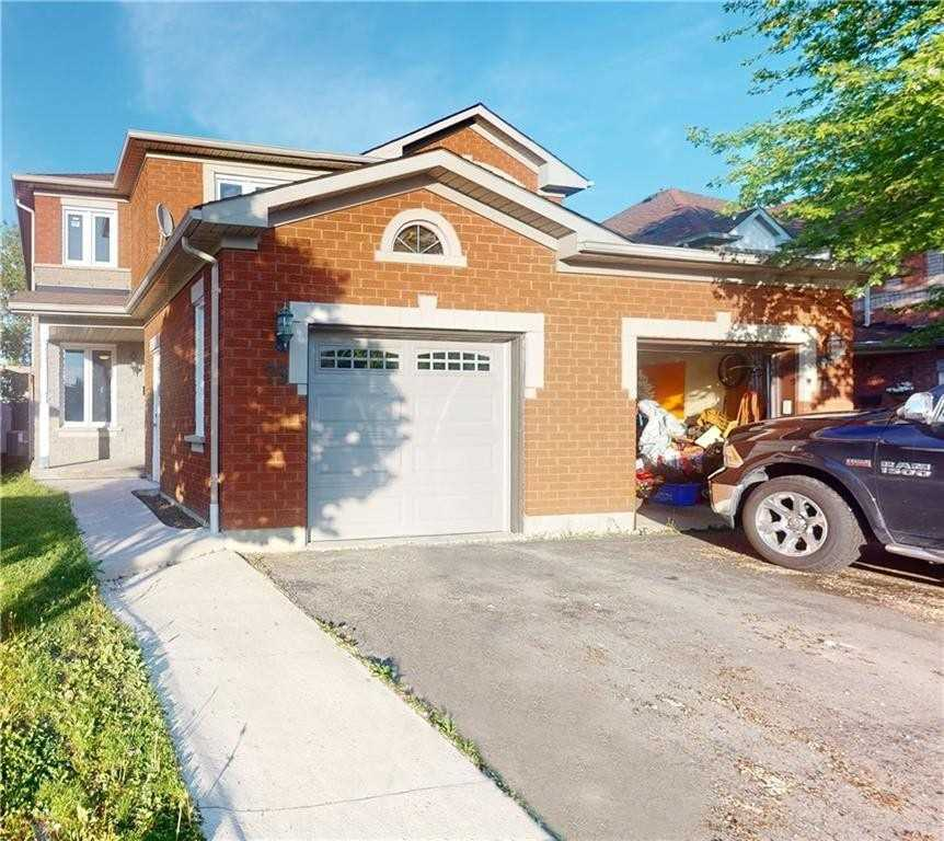 pictures of house for sale MLS: X4778518 located at 73 Essex Point Dr, Cambridge N1T1W5