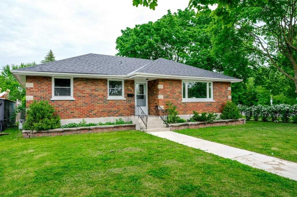 pictures of house for sale MLS: X4780010 located at 606 Crawford Dr, Peterborough K9J3W7