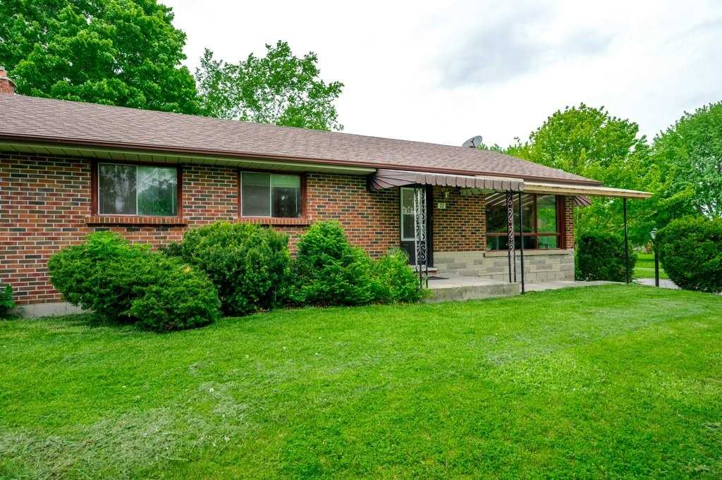 pictures of house for sale MLS: X4781892 located at 22 Birch St, Asphodel-Norwood K0L2V0