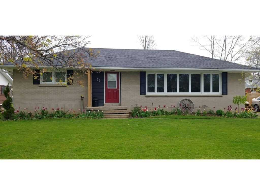 pictures of house for sale MLS: X4781933 located at 67 Mac Nab St, Lambton Shores N0N1J0