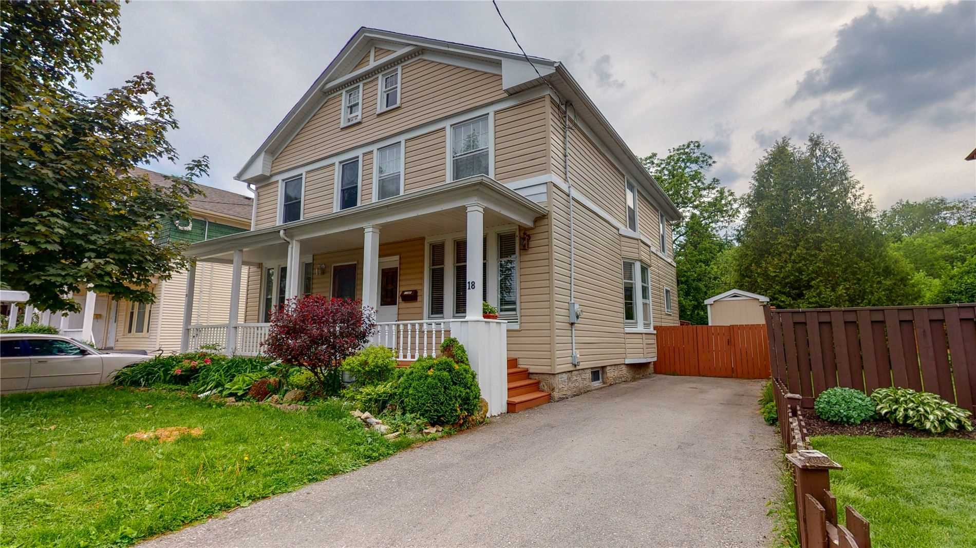 pictures of house for sale MLS: X4783077 located at 18 Richardson St, Cambridge N1S2P3