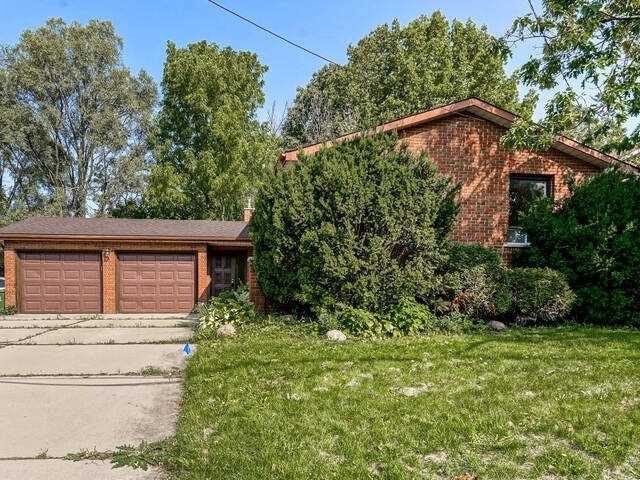 pictures of 16 Mapes Ave, Hamilton L8S2K4