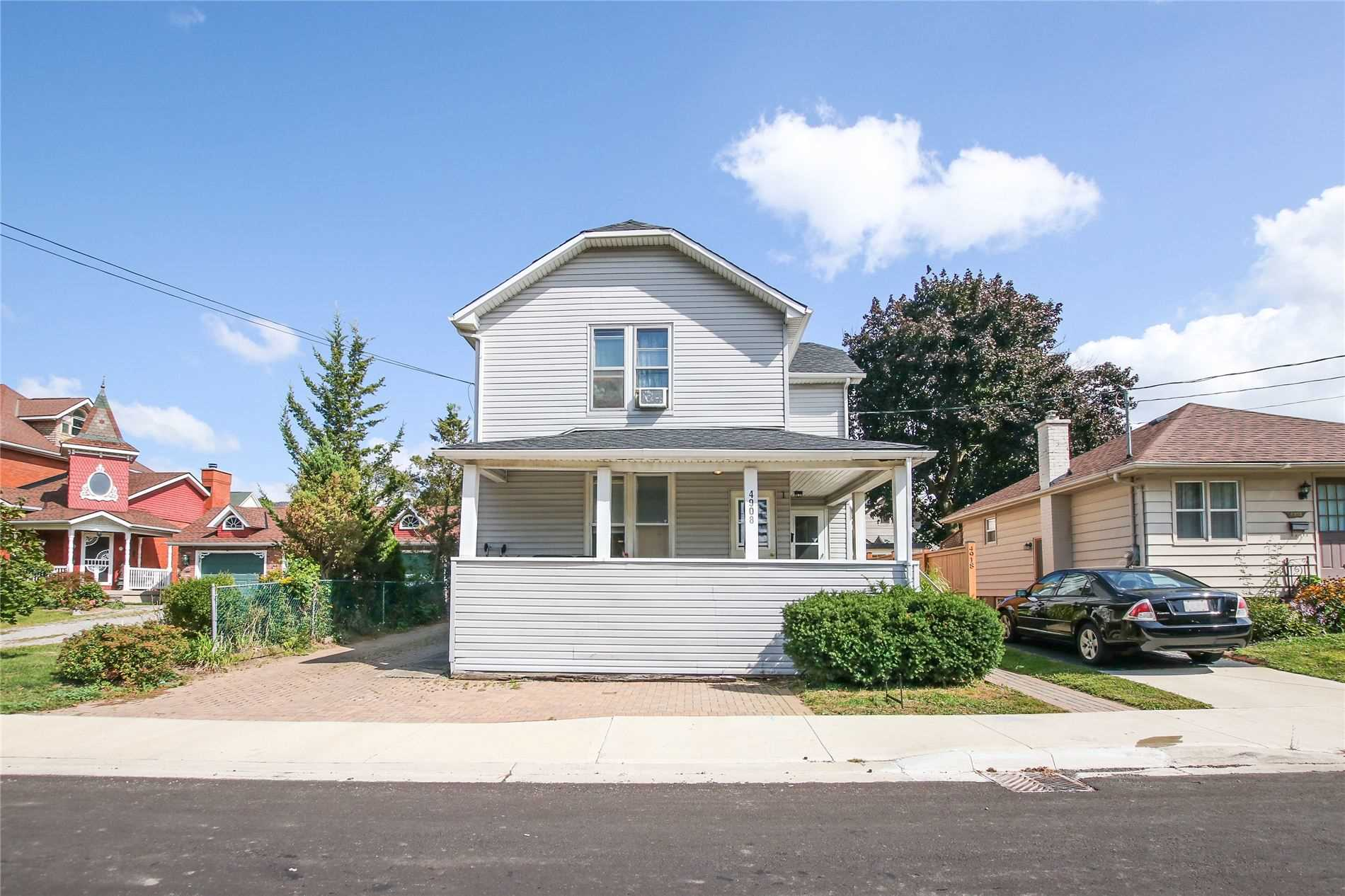 pictures of house for sale MLS: X4920135 located at 4908 St. Lawrence Ave, Niagara Falls L2E3Y3