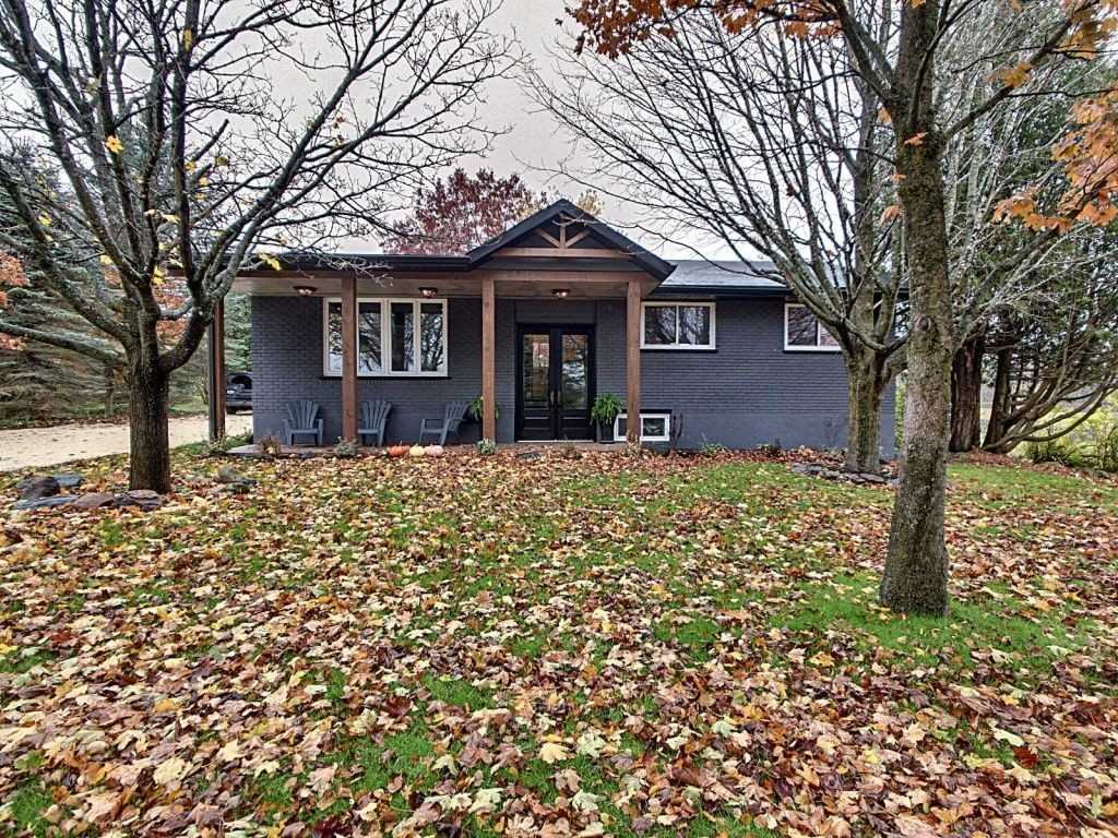 pictures of house for sale MLS: X4965215 located at 794148 Grey Road 31, Grey Highlands N0C1M0