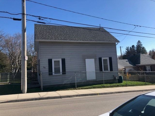 pictures of house for sale MLS: X4986437 located at 64 Woolwich St W, Kitchener N2K1S3