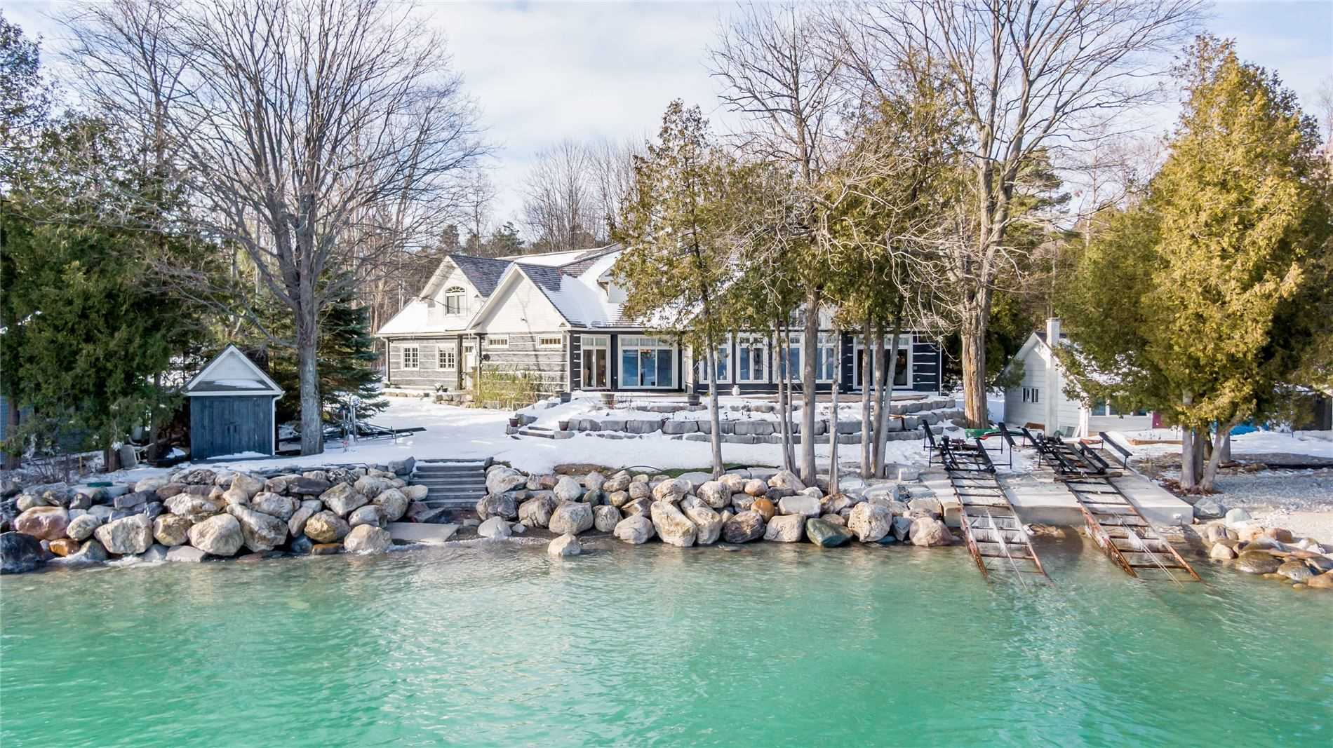pictures of house for sale MLS: X5062739 located at 119 Kiowana Beach Rd, Meaford N4L1W5