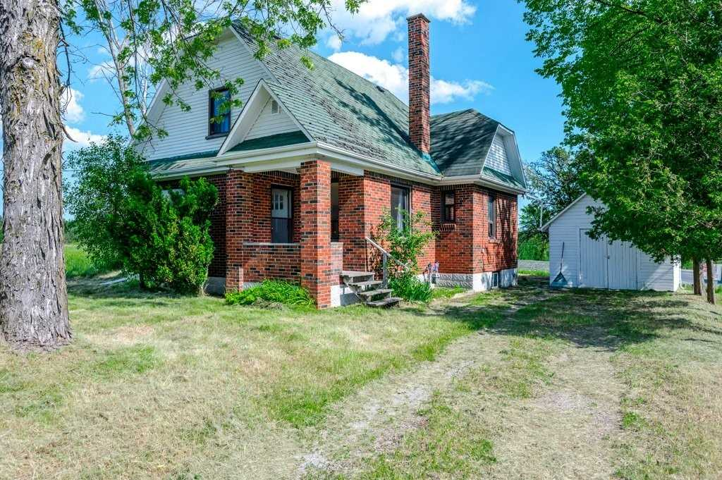 pictures of house for sale MLS: X5064078 located at 2715 Sherbrooke St W, Cavan Monaghan K9J0E5