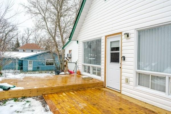 pictures of house for sale MLS: X5065770 located at 1917 Lakehurst Rd, Galway-Cavendish and Harvey K9J6X2