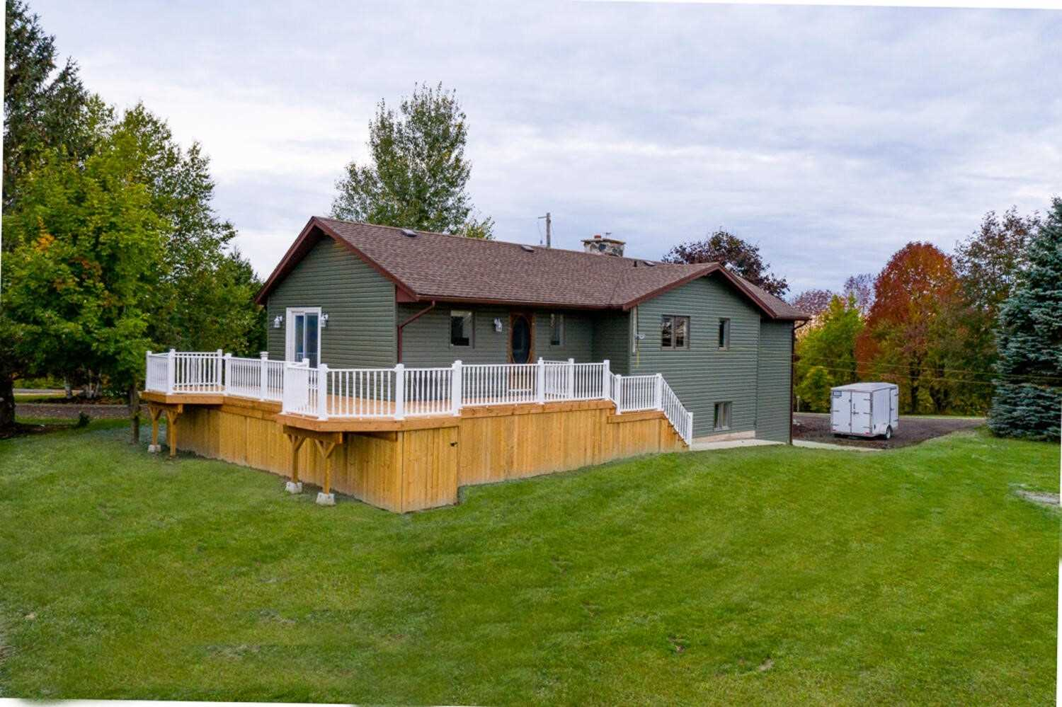 pictures of house for sale MLS: X5067085 located at 502413 Concession 11, West Grey N0G1S0