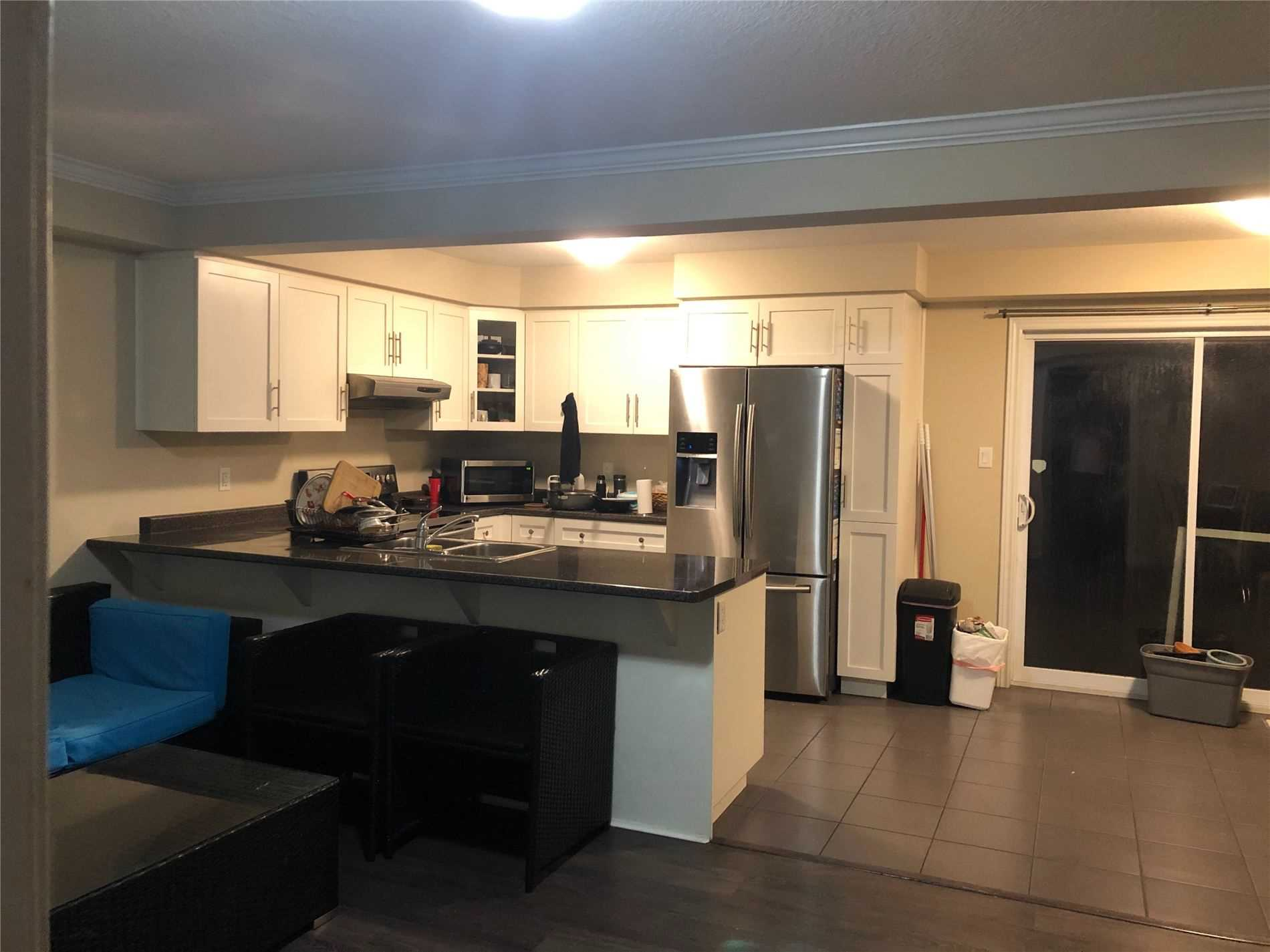 pictures of 11 Mccann St, Guelph N1L1B3