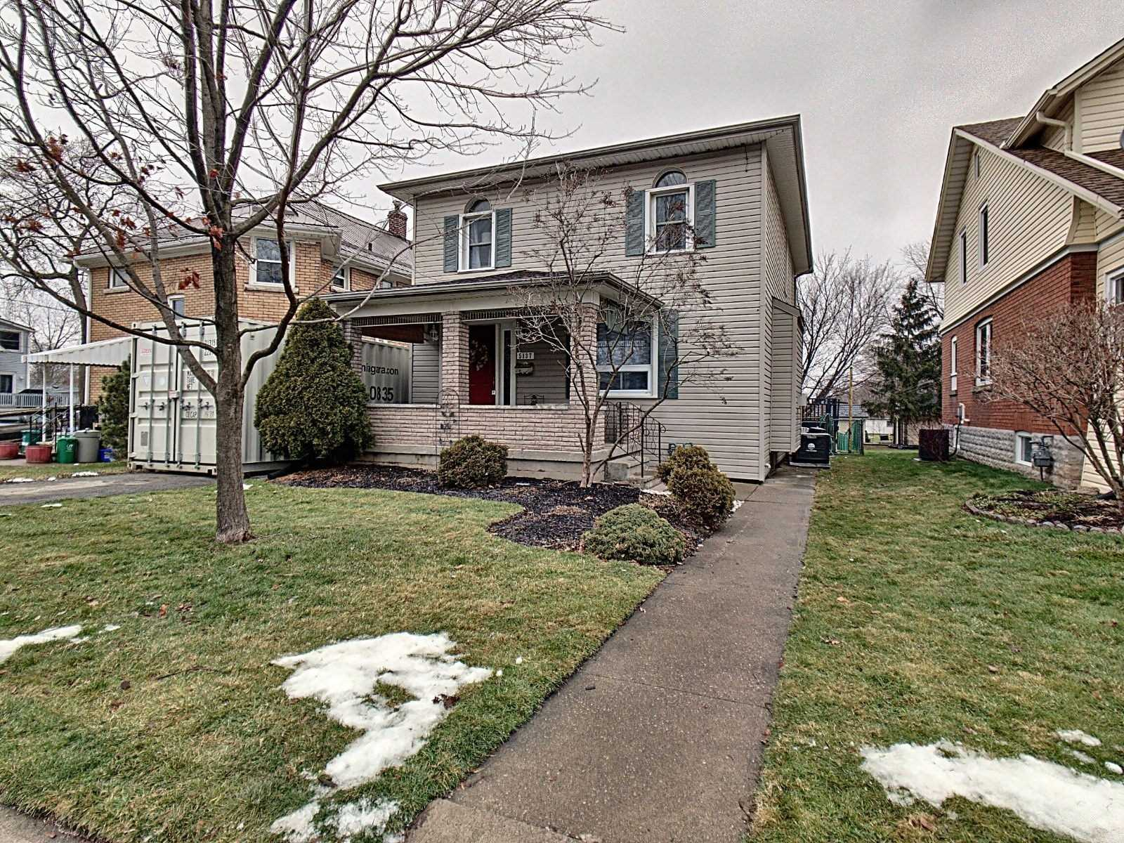 pictures of house for sale MLS: X5083816 located at 5137 Jepson St, Niagara Falls L2E1K6