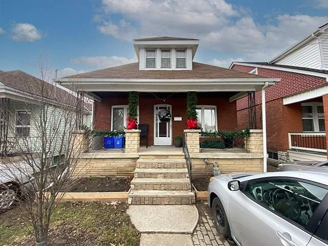 pictures of house for sale MLS: X5085372 located at 34 Tuxedo Ave N, Hamilton L8H4P5