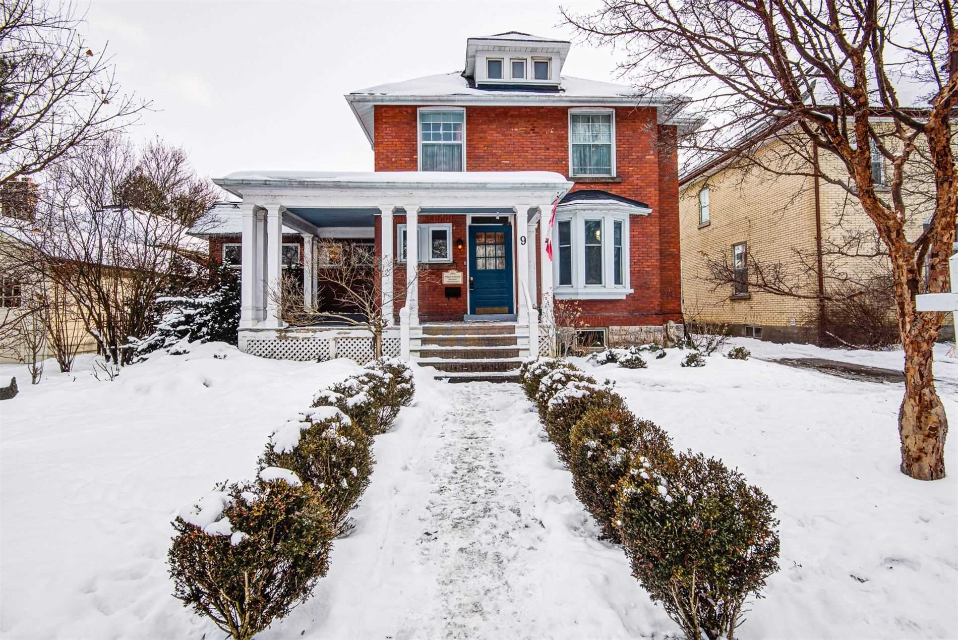 pictures of house for sale MLS: X5090488 located at 9 Caledonia St, Stratford N5A5W4