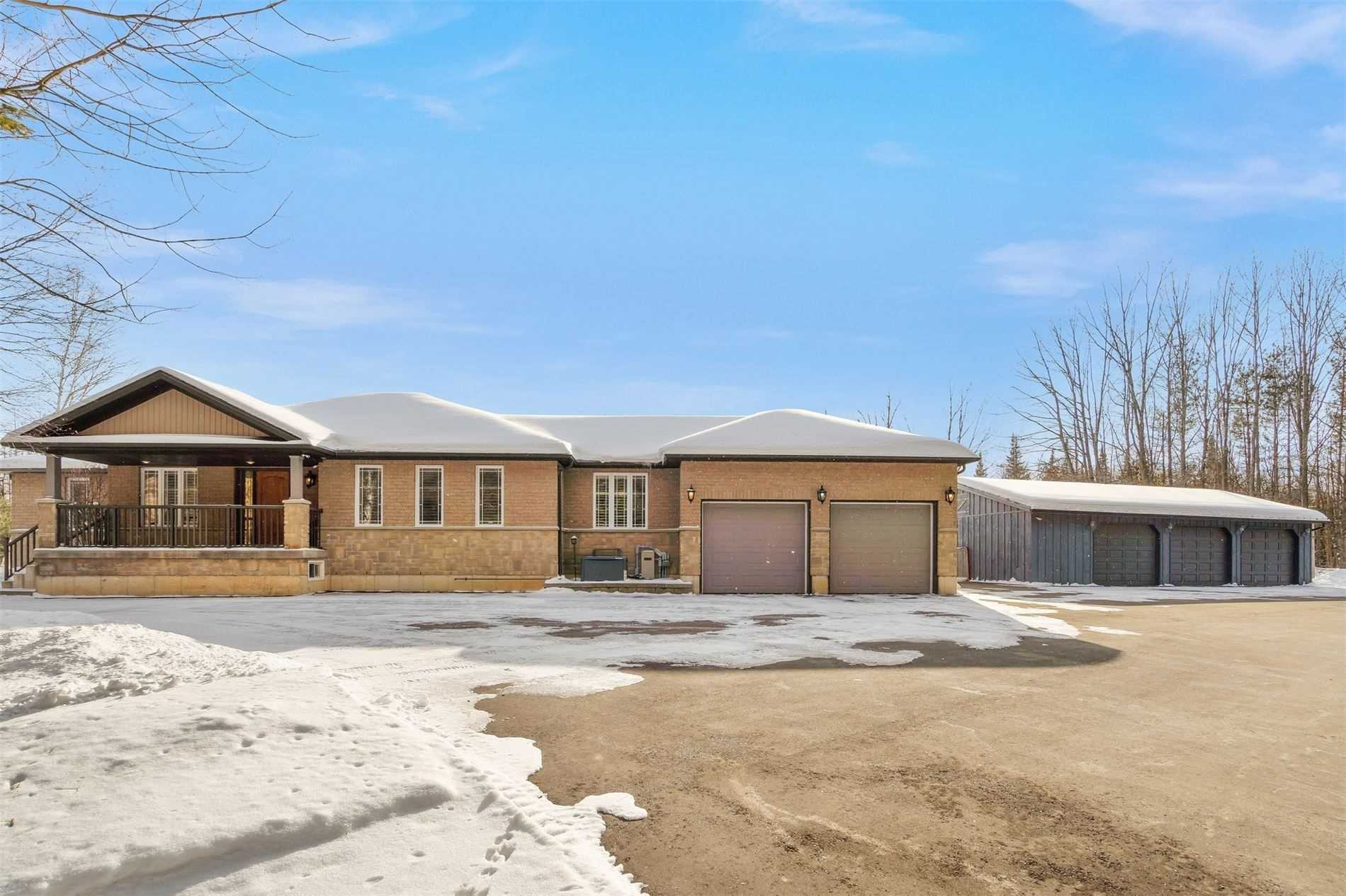 pictures of house for sale MLS: X5099825 located at 475294 County Road11 Rd, Amaranth L9W0R6