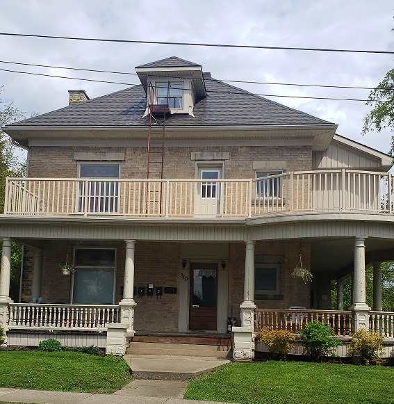 pictures of house for sale MLS: X5109477 located at 310 8th St, Hanover N4N1J7