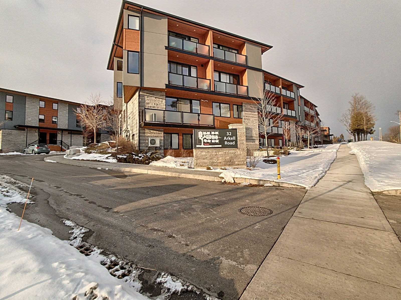 pictures of 32 Arkell Rd, Guelph N1L0L4