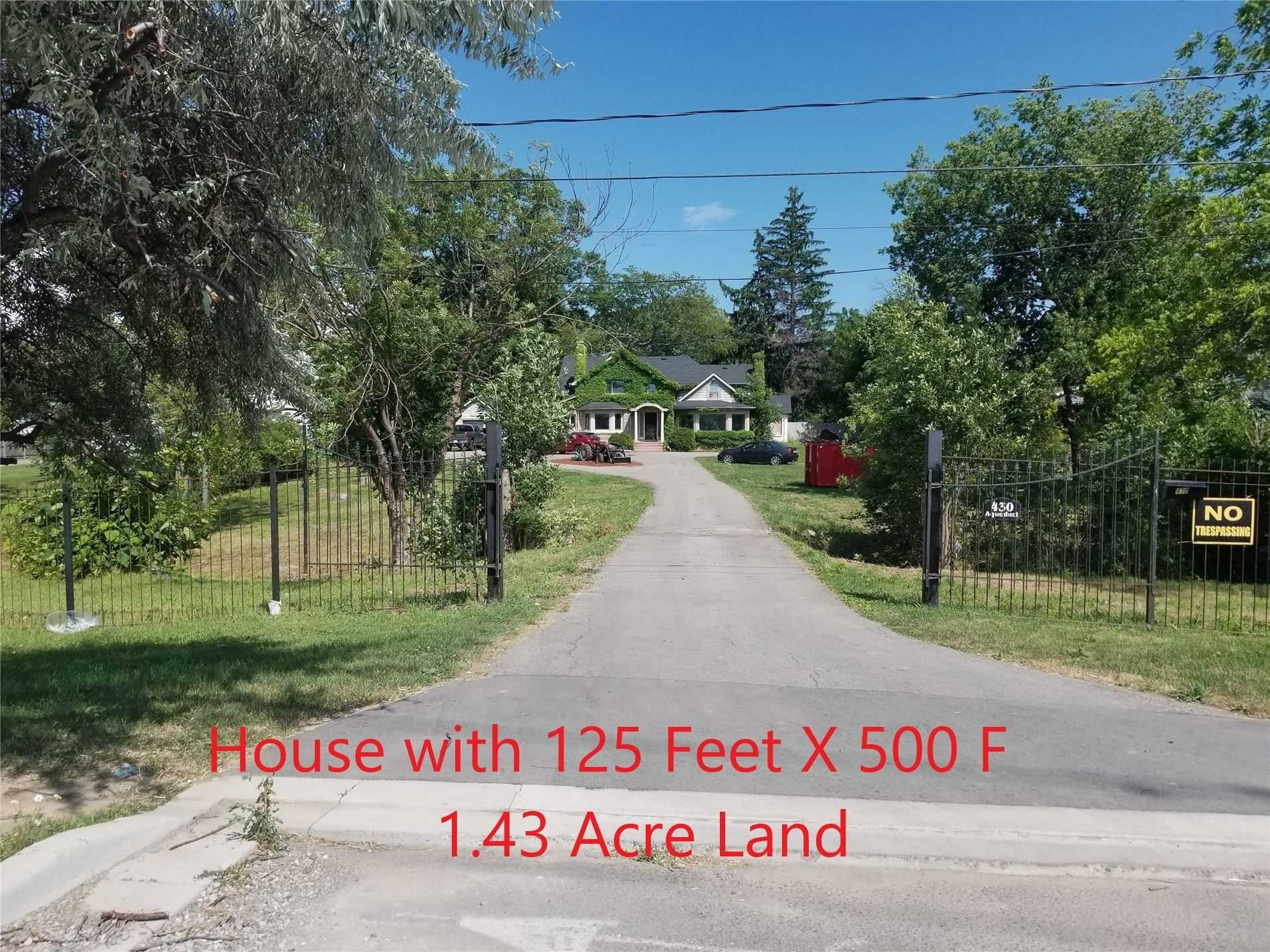 pictures of house for sale MLS: X5117333 located at 430 Aqueduct St, Welland L3C1E1