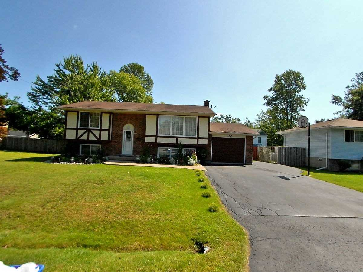 pictures of house for sale MLS: X5126537 located at 630 Buffalo Rd, Fort Erie L2A5G9