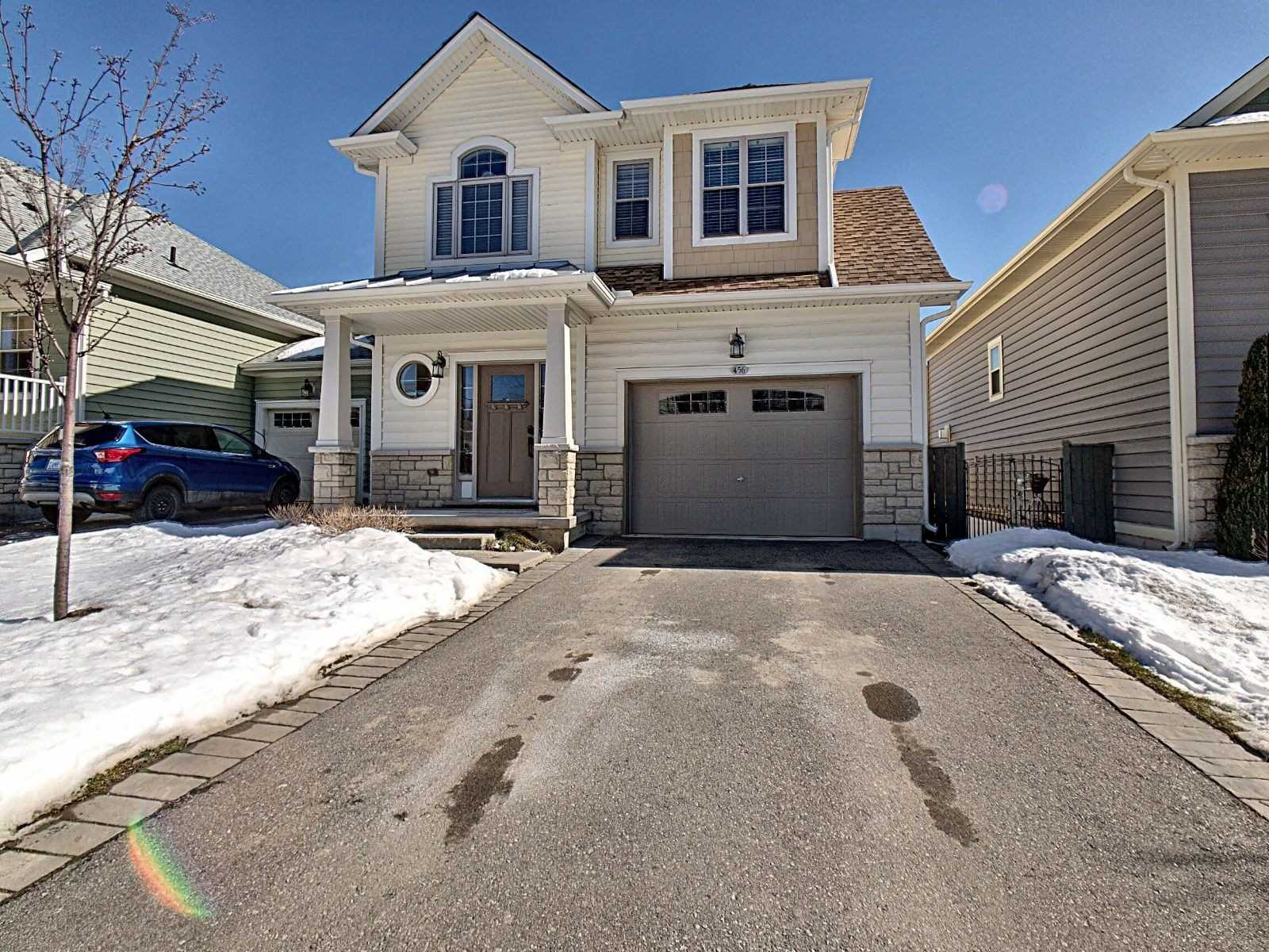 pictures of house for sale MLS: X5129785 located at 456 Ridgeway Rd, Fort Erie L0S1B0