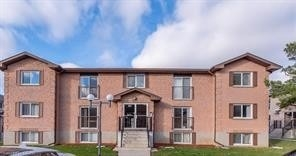 pictures of 331 Northlake Dr, Waterloo N2V1Z1