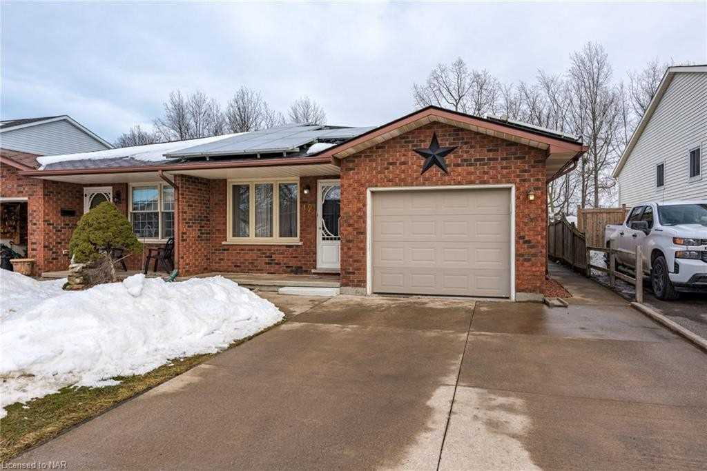pictures of house for sale MLS: X5133567 located at 42 Wayfair Dr, Welland L3C7A2