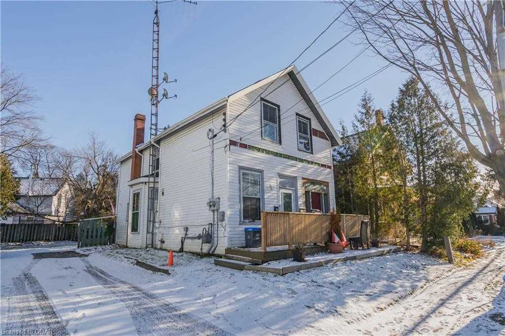 pictures of house for sale MLS: X5155197 located at 141 Ontario St, Port Hope L1A2V5