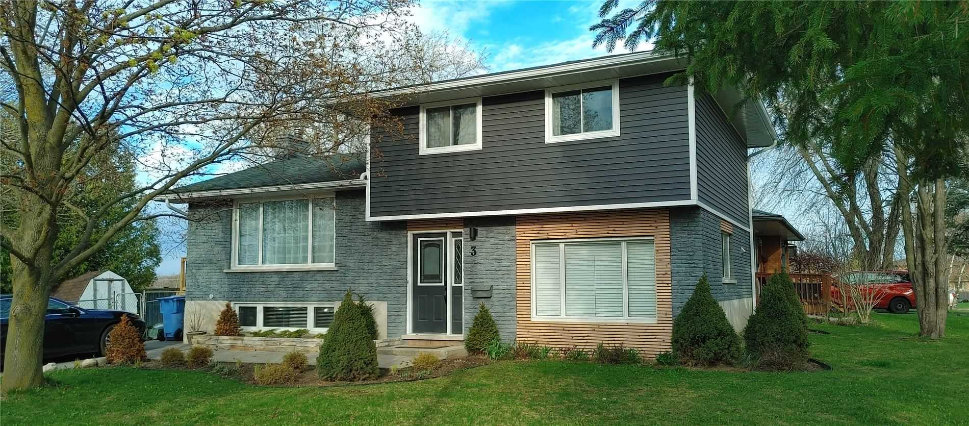 pictures of 3 Shakespeare Dr, Guelph N1E6G5