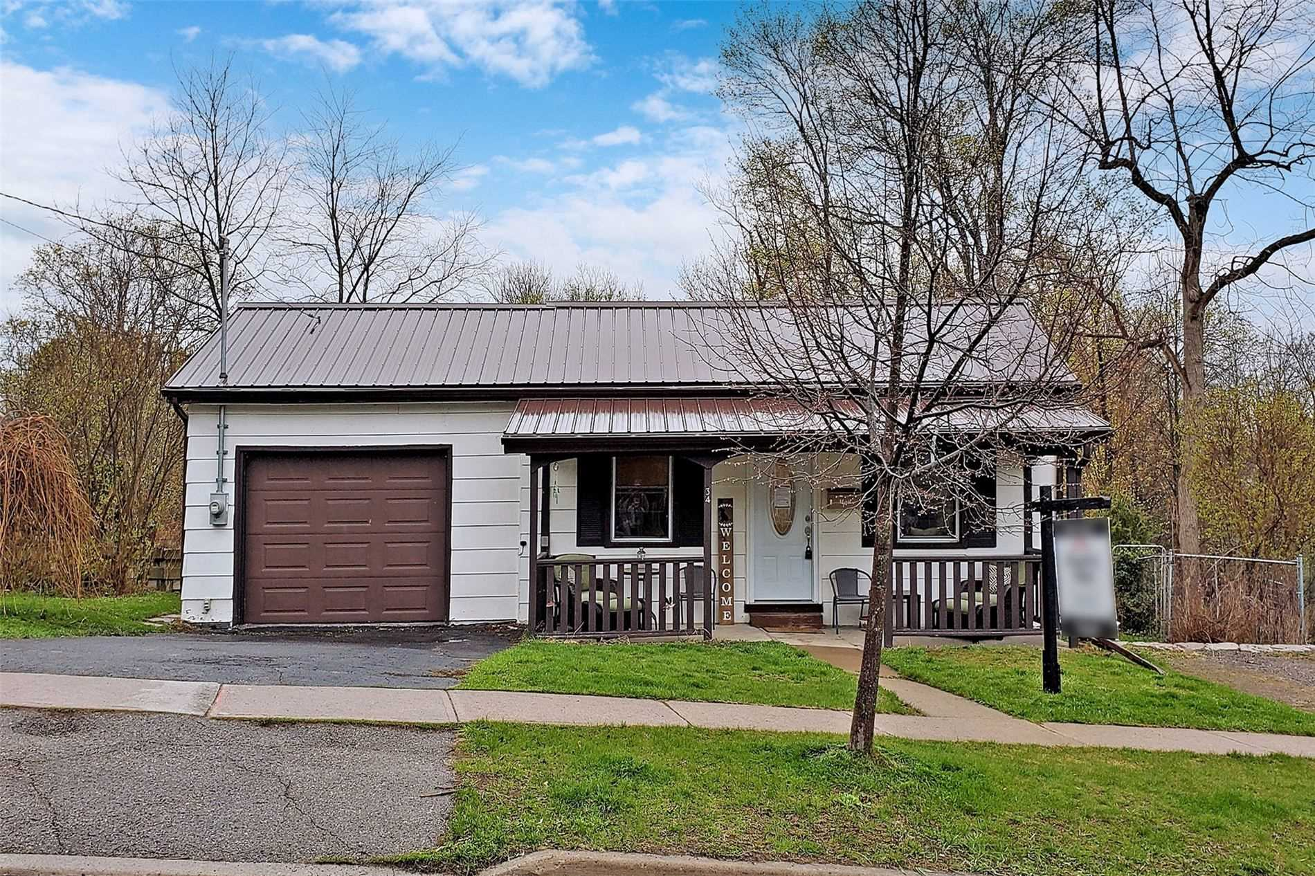 pictures of house for sale MLS: X5225612 located at 34 Sherbourne St, Port Hope L1A1H2