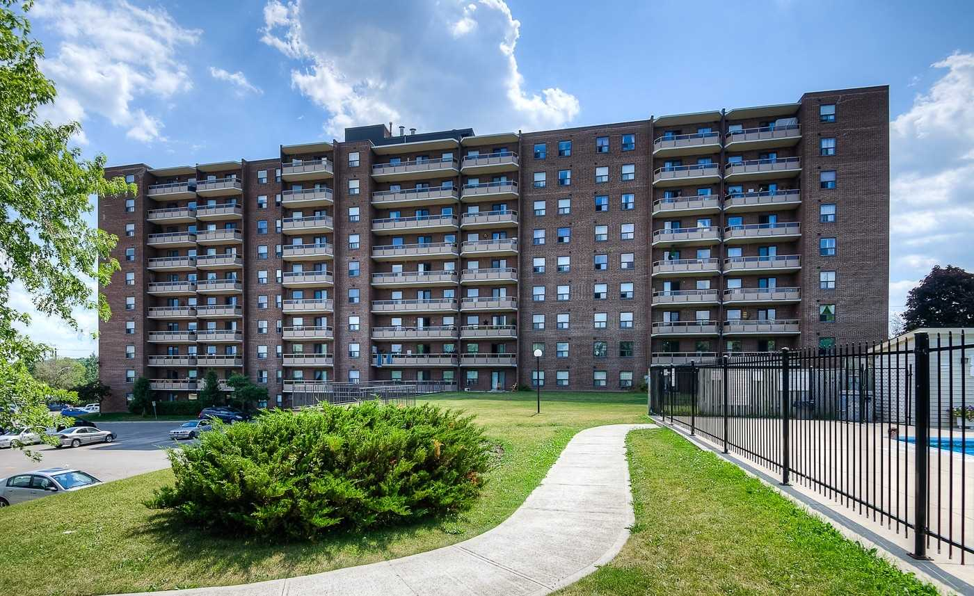 pictures of 1100 Courtland Ave E, Kitchener N2C2H9