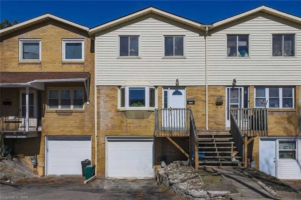 pictures of 351 Scott St, St. Catharines L2M3W2