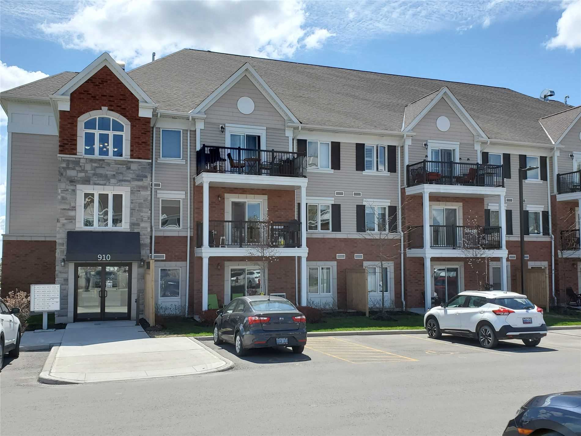 pictures of 910 Wentworth St, Peterborough K9J8R7