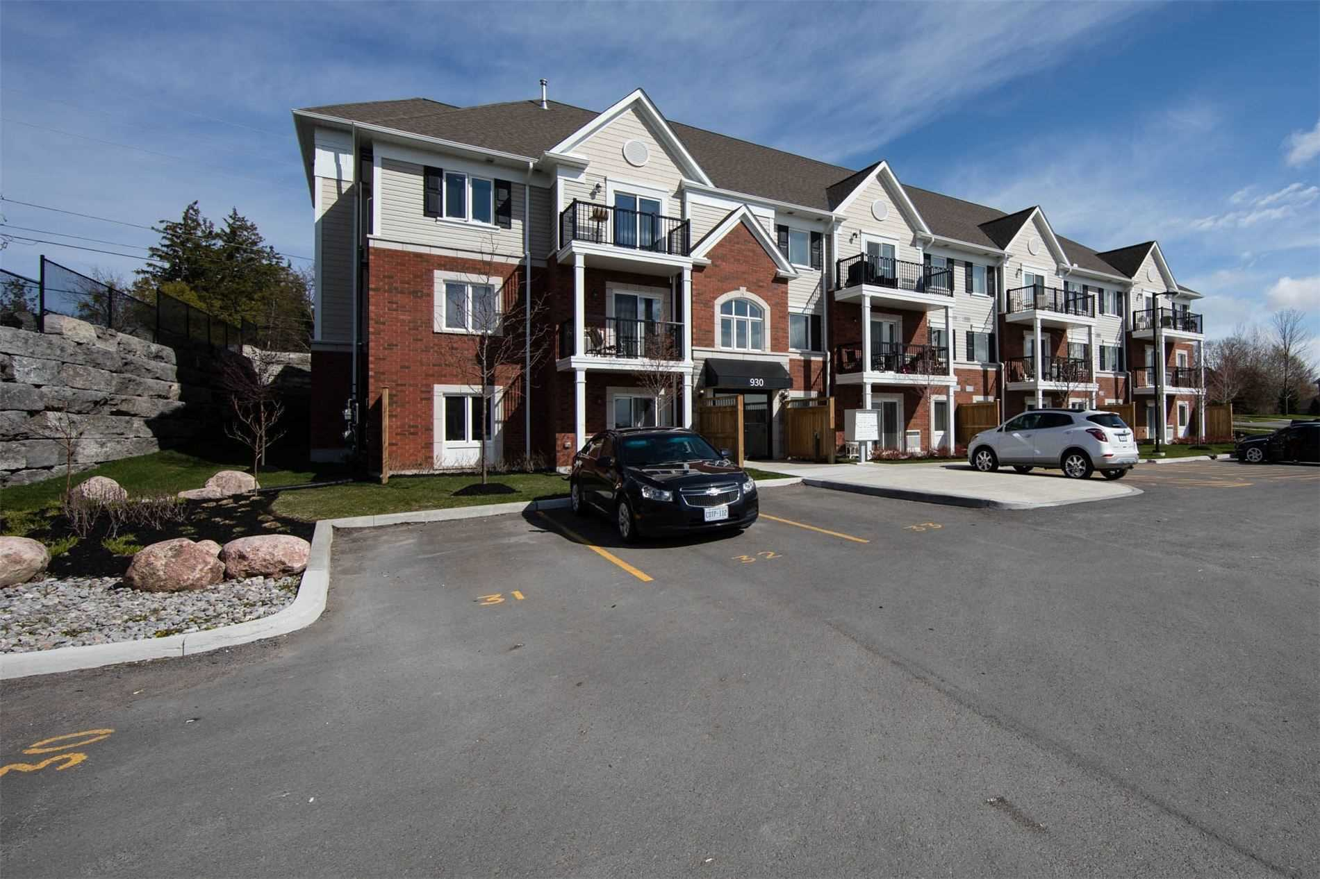 pictures of 930 Wentworth St, Peterborough K9J8R8