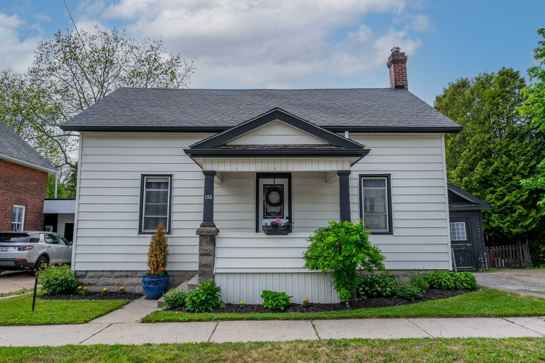 pictures of house for sale MLS: X5251311 located at 152 Ontario St, Port Hope L1A2V6