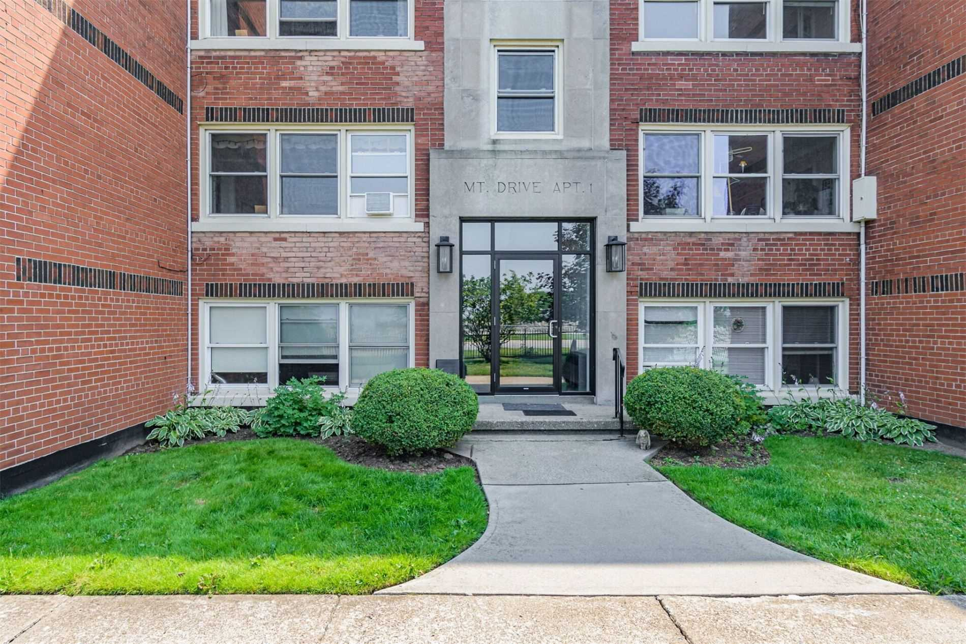 pictures of 5 East 36th St, Hamilton L8V3Y6