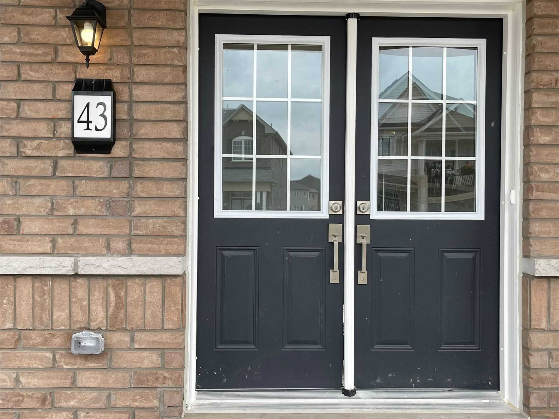 pictures of 43 Anderson Rd, Brant N3T0S2